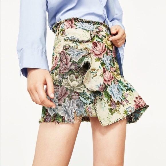 a9af17b611 Zara Skirts   New Vintage Look Embroidered Floral Skirt Xs   Poshmark